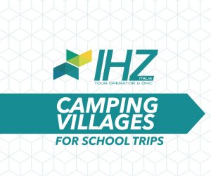 banner_camping_village